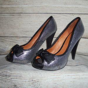 Aldo Silver Sequin Bow Peep Toe Heels 8